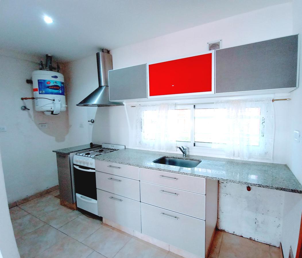 Foto Departamento en Venta en  San Bernardo Del Tuyu ,  Costa Atlantica  Zuviría 475 - PB