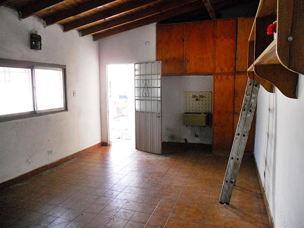 Foto Casa en Venta en  Villa Adelina,  San Isidro  El Resero al 600