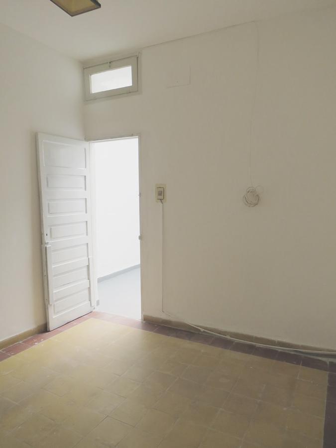 Foto Apartamento en Alquiler en  La Blanqueada ,  Montevideo  Ayuí 3409/002