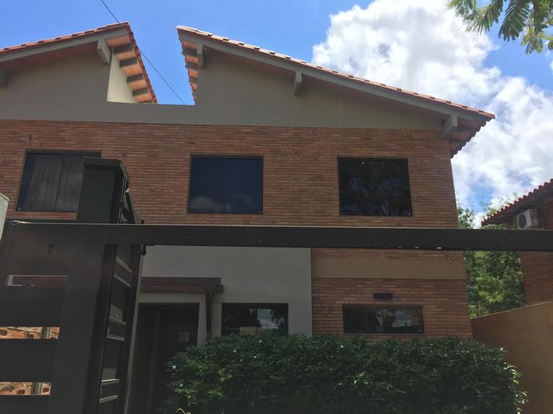 Foto Casa en Alquiler en  Luque ,  Central  Zona Ñu Guazú