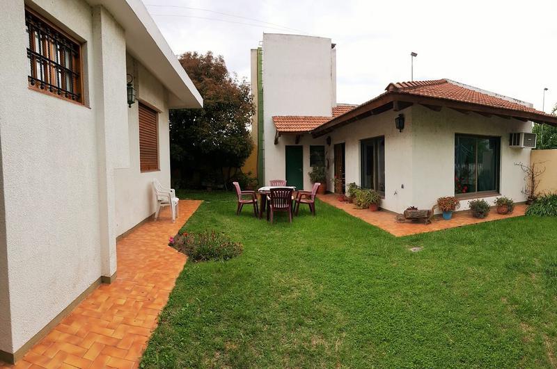 Foto Casa en Venta en  Villa Elvina,  Santa Rosa  Consultas personalmente