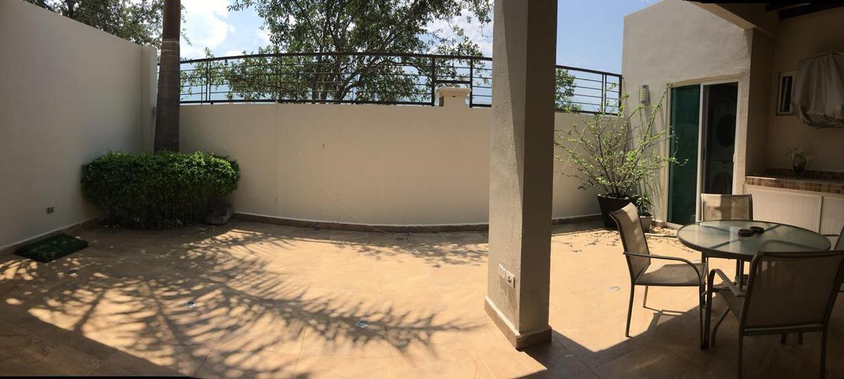 Foto Casa en Venta en  La Rioja Privada Residencial 2da Etapa,  Monterrey  Casa en Venta en La Rioja - Arnedo - Zona Carretera Nacional (CARS)