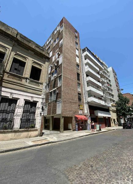 Foto Departamento en Venta en  Martin,  Rosario  Juan Manuel De Rosas  1300 07°