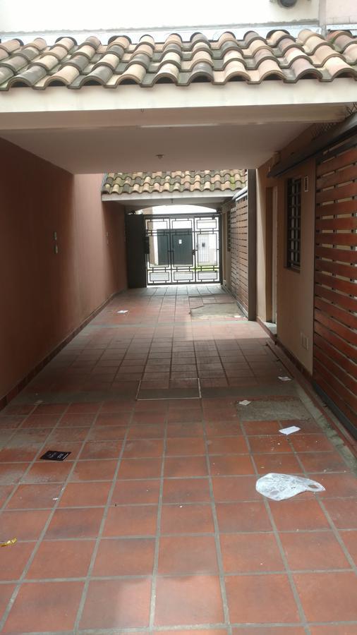 Foto PH en Venta en  Lanús Este,  Lanús  Pichincha al 1700