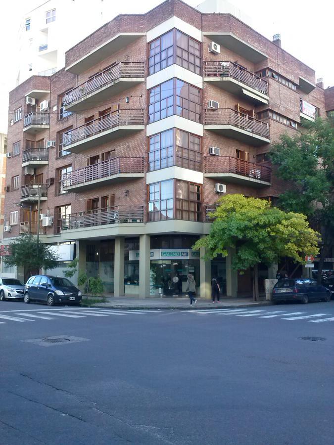 Foto Departamento en Alquiler en  La Plata,  La Plata  11 esq 45