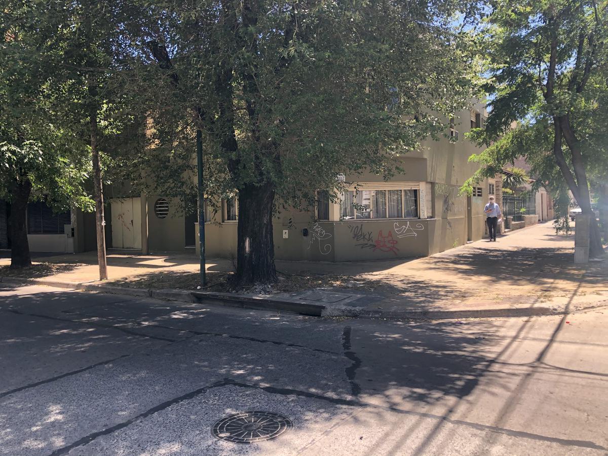 Foto Oficina en Alquiler en  La Plata,  La Plata  8 esq. 35
