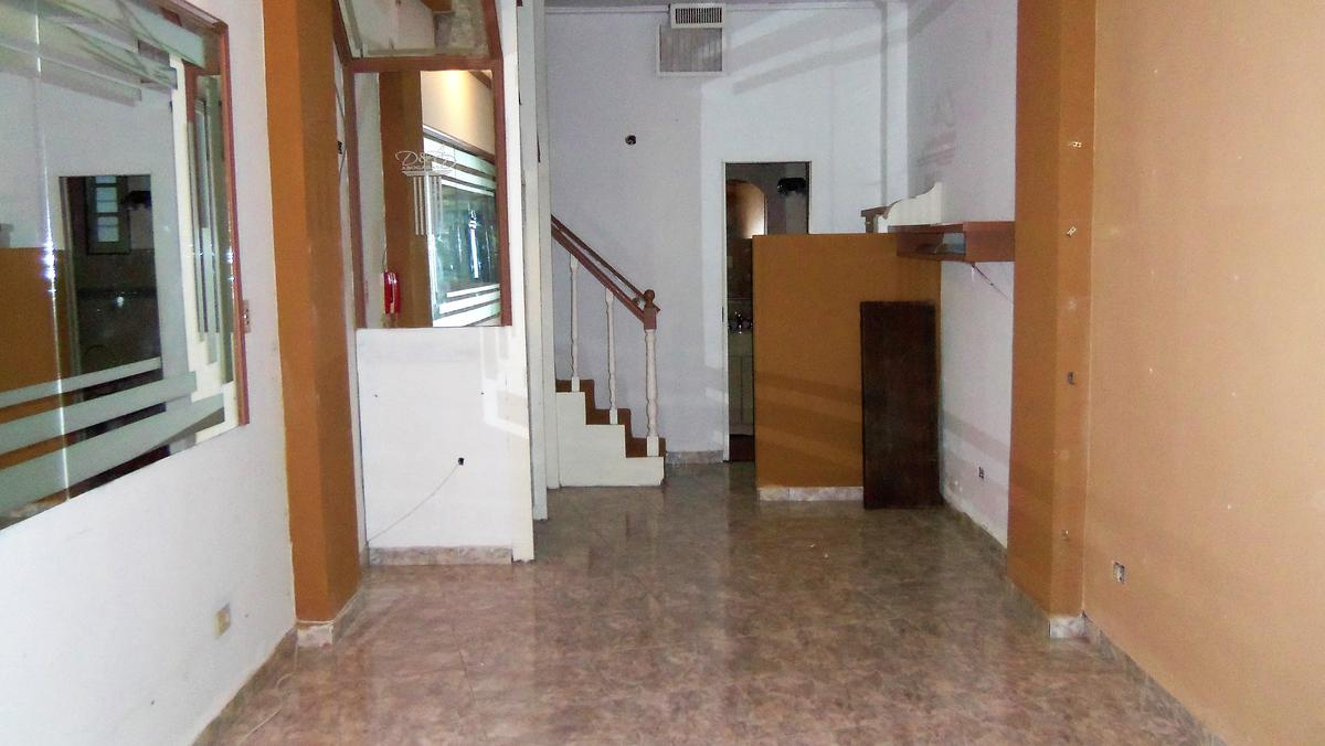 Foto Local en Alquiler en  Acassuso,  San Isidro  Eduardo Costa 1026, Acassuso