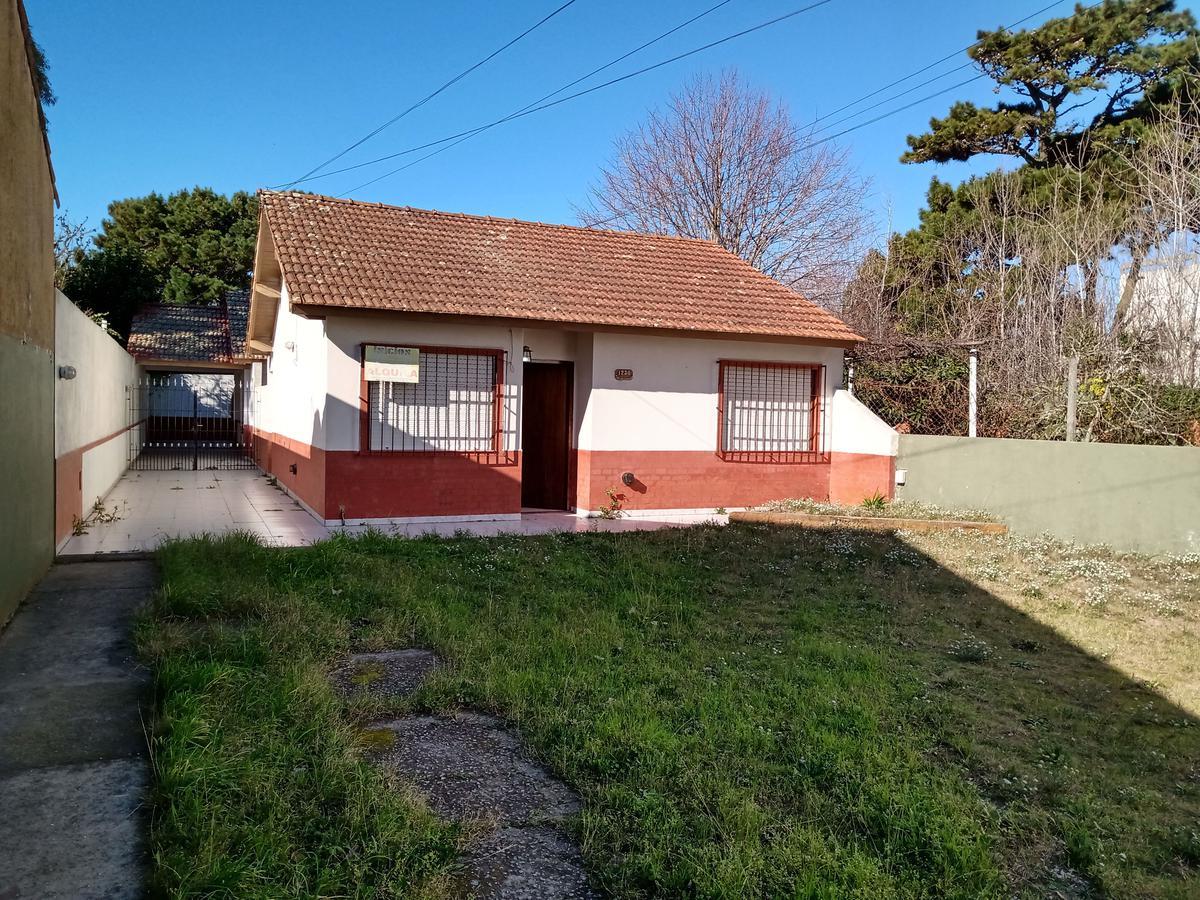 Foto Casa en Alquiler en  Mar De Ajo ,  Costa Atlantica  FRANCISCO DE LAS CARRERAS 1236