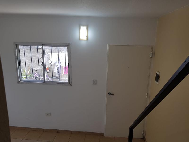 Foto Departamento en Alquiler en  Villa Anita,  Moreno  Dpto. Nº4 - El Salvador al 2300 - Moreno - Lado Norte