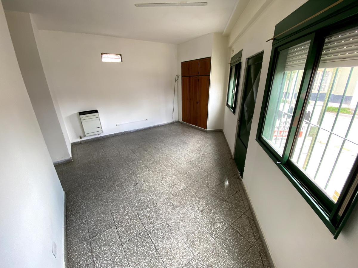 Foto Departamento en Alquiler en  Villa María,  Capital  SAN LUIS al 800