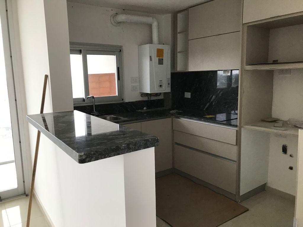 Departamento de 3 dormitorios en alquiler Aldea Fisherton