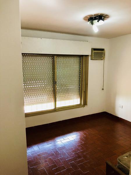 Foto Casa en Venta en  Monte Grande,  Esteban Echeverria  Avellaneda 900