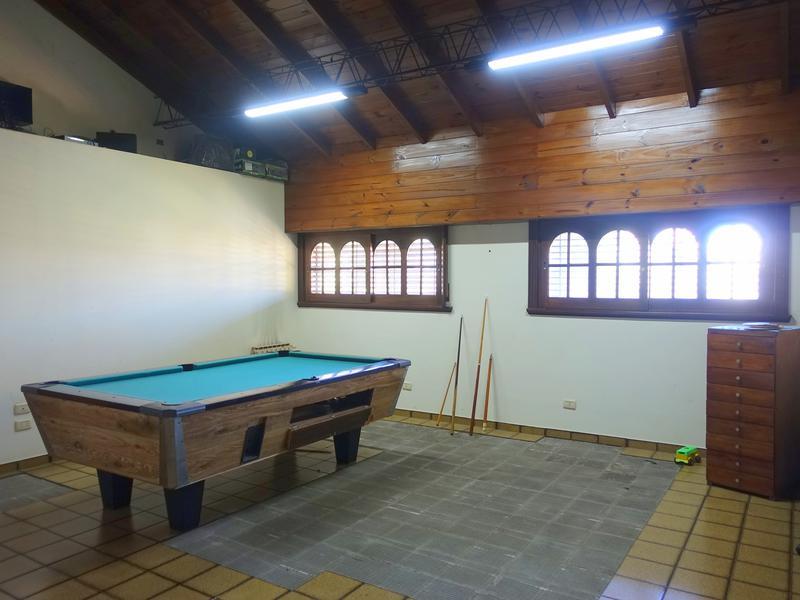 Foto Casa en Venta en  P.Luro,  Mar Del Plata  Lopez de Gomara entre Pedraza y Pasteur
