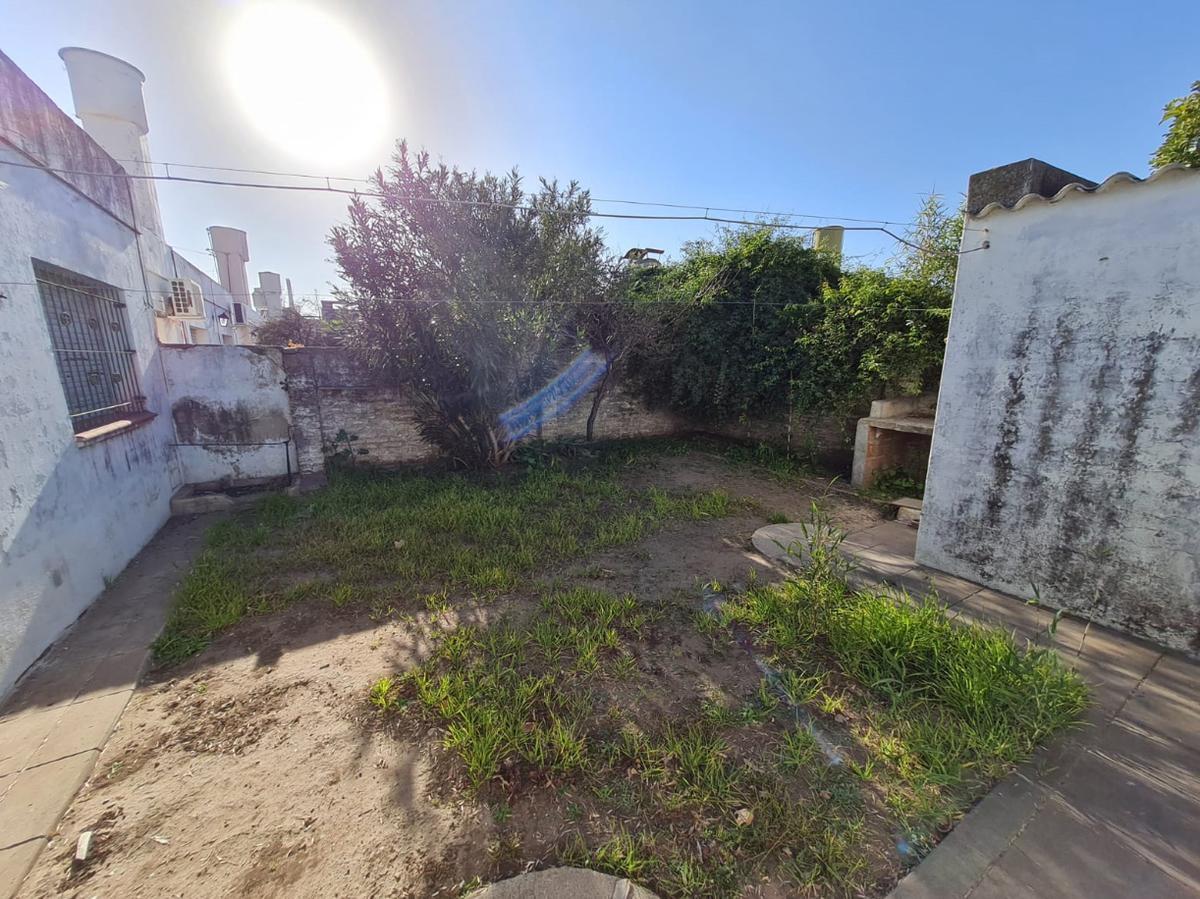 Foto Casa en Venta en  General Pico,  Maraco  Av. San Martín e/ 105 y 107