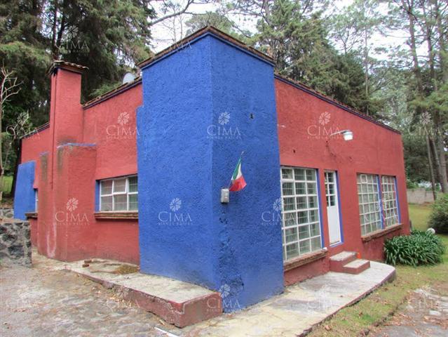 Foto Casa en Venta en  Fraccionamiento San José de La Montaña,  Huitzilac  Venta Casa con Terreno Plano Monte Bello - V126