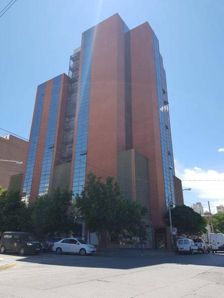 Foto Local en Venta en  Área Centro Oeste,  Capital  Alte Guillermo Brown al 100