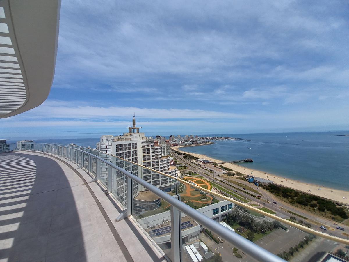 Foto Departamento en Venta en  Playa Mansa,  Punta del Este  Playa Mansa