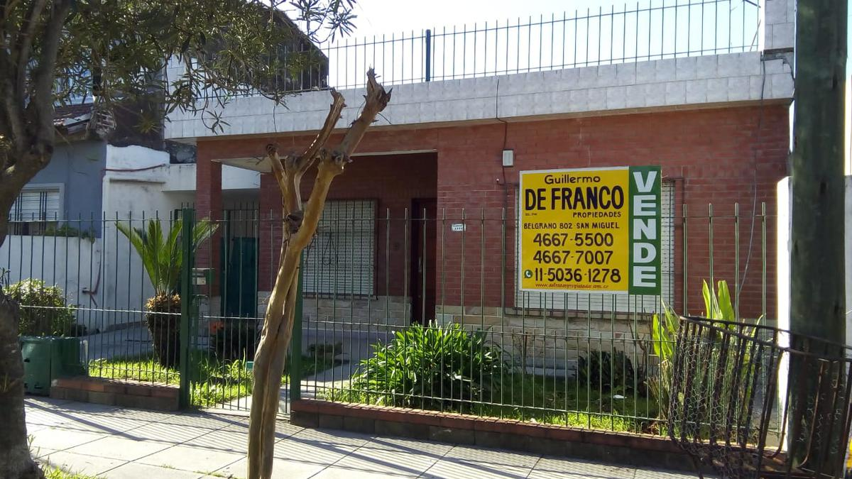Foto Casa en Venta en  Jose Clemente Paz ,  G.B.A. Zona Norte  Sarmiento 3966
