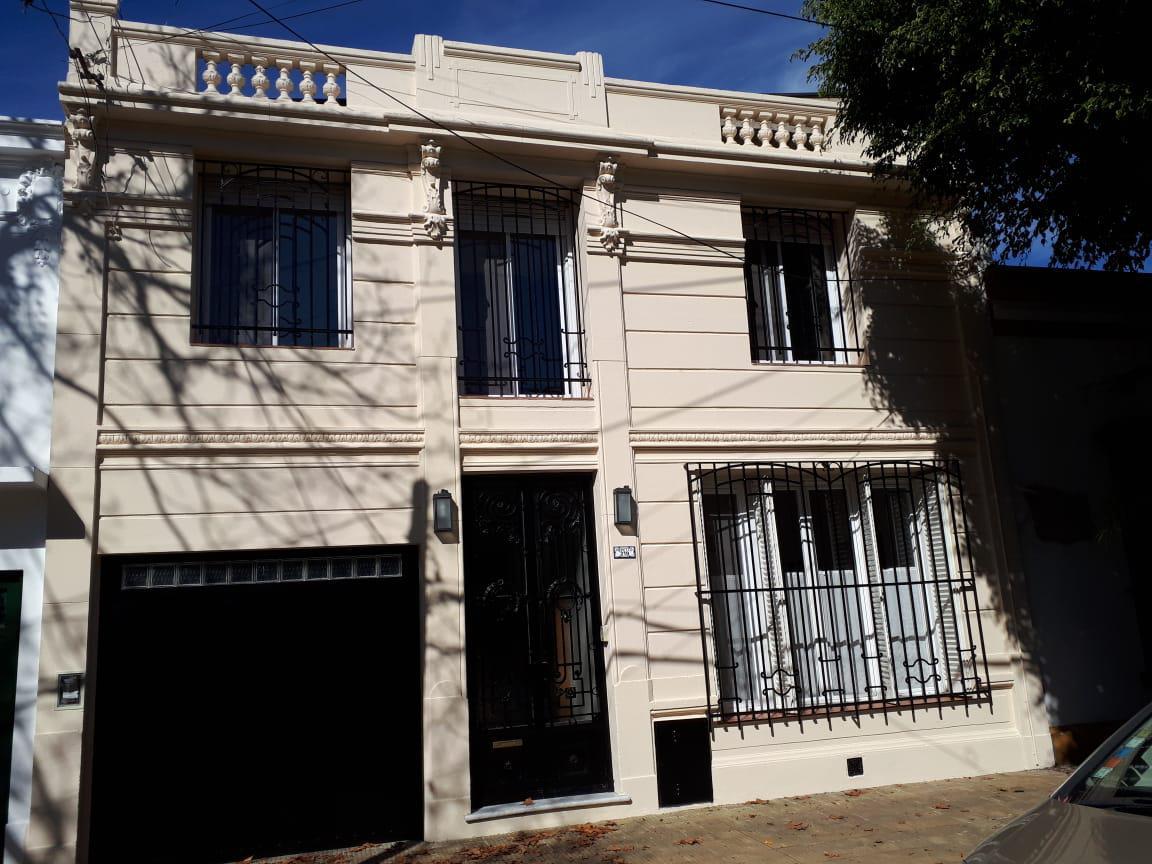Foto Casa en Venta en  Mart.-Vias/Santa Fe,  Martinez  Repetto  200