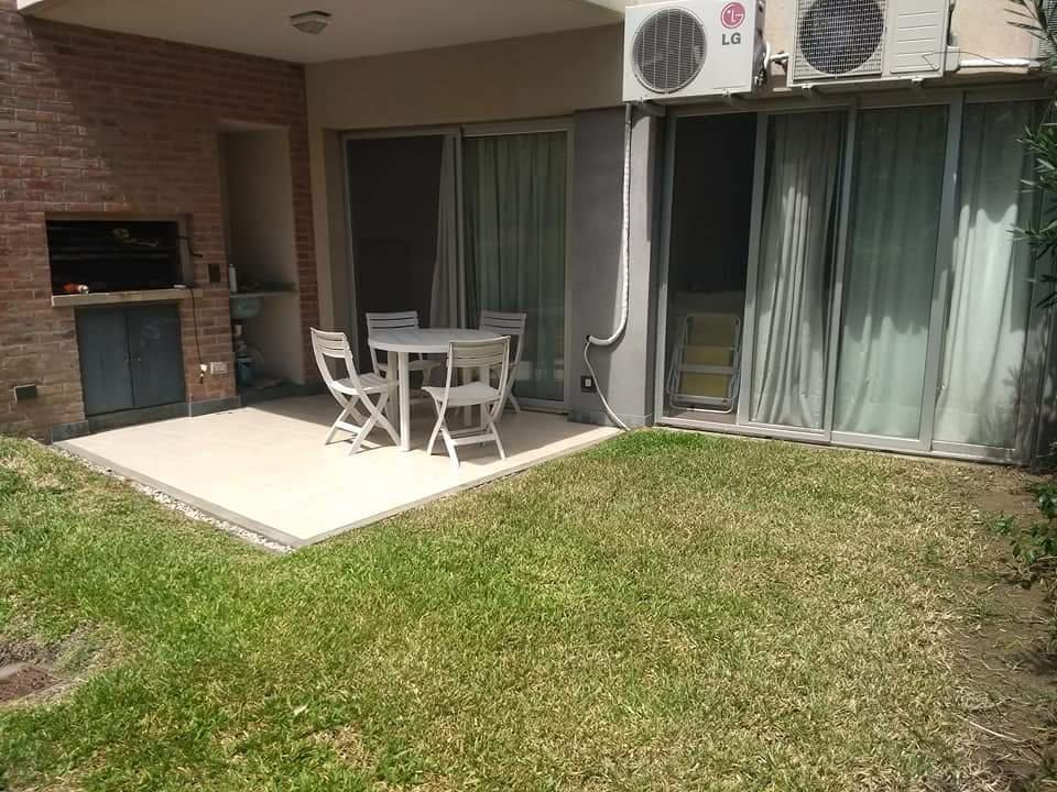Foto Departamento en Alquiler en  Tigre ,  G.B.A. Zona Norte  Alquiler 3 amb. PB con jardín y cochera Portezuelo Nordelta. Tigre