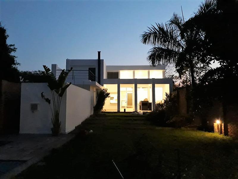 Foto Casa en Alquiler en  Mburucuya,  Santisima Trinidad  Mburucuyá