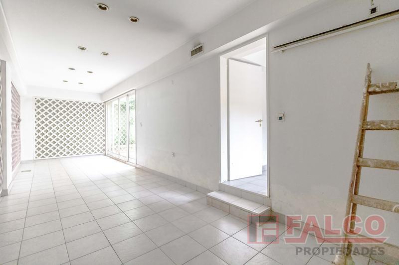 Foto Casa en Venta en  Mataderos ,  Capital Federal  Albariño al 900