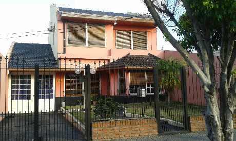Foto Casa en Venta en  V.Caraza,  Valentin Alsina  FARREL 3200