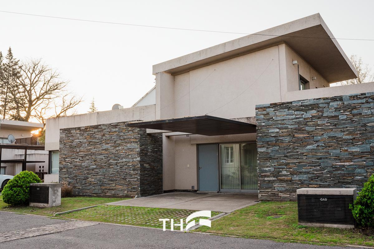 Th Grupo Casa En Venta En Villa Allende Villa Pehuen