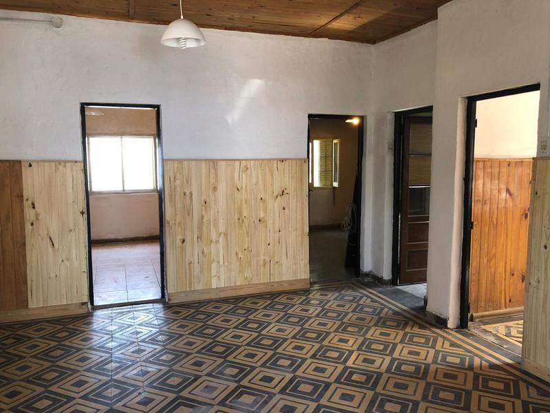 Foto Casa en Venta en  San Cayetano (Lujan),  Lujan  Gral. Paz Nº 2397