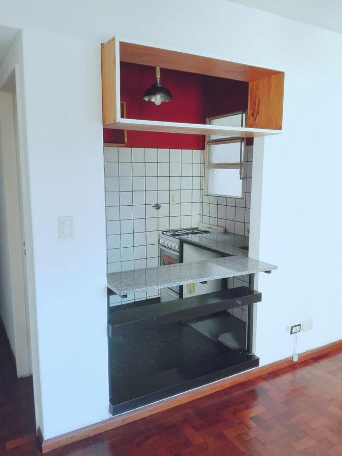 Foto Departamento en Venta en  San Telmo ,  Capital Federal  Brasil al 400
