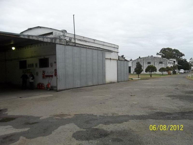 Foto Galpón en Venta en  Rosario ,  Santa Fe  LAGOS 6800