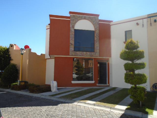 Foto Casa en condominio en Renta en  Tlacopa,  Toluca  CASA EN RENTA EN TOLUCA,  Jardines de Tlacopa.