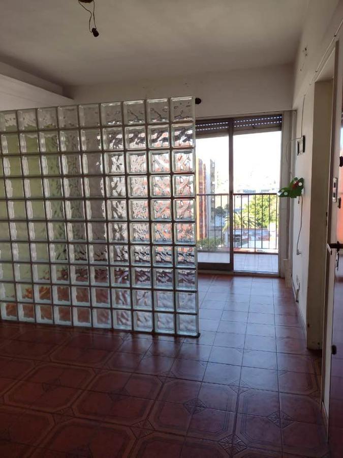 Foto Departamento en Venta en  Flores ,  Capital Federal  Directorio al 2400