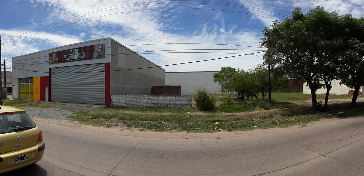 Foto Terreno en Venta en  Altos del Valle,  Santa Fe  Sin construcción con alta capacidad edificable, sin límite de altura - Aristobulo del Valle al 10200 (calle Los Pinos)