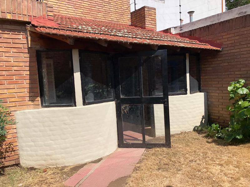 Foto Casa en Alquiler en  Rogelio Martinez,  Cordoba  Rogelio Martinez - Casa en alquiler! 3 dormitorios!