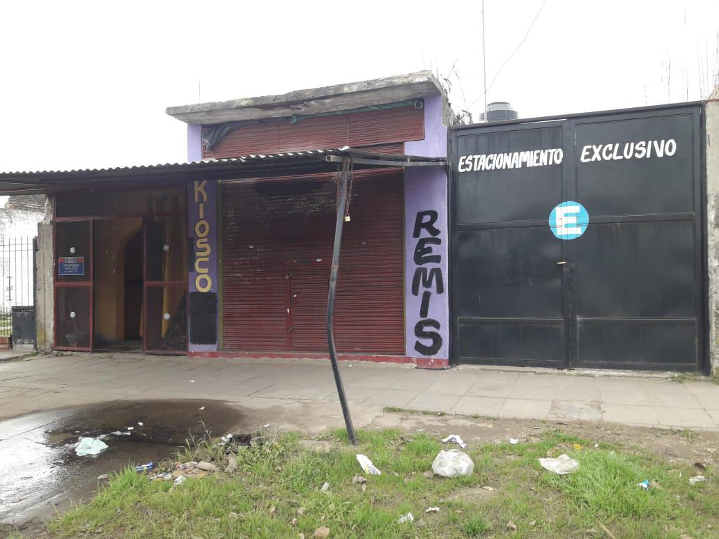 Foto Casa en Venta en  Merlo ,  G.B.A. Zona Oeste  ECHEVERRY al 400