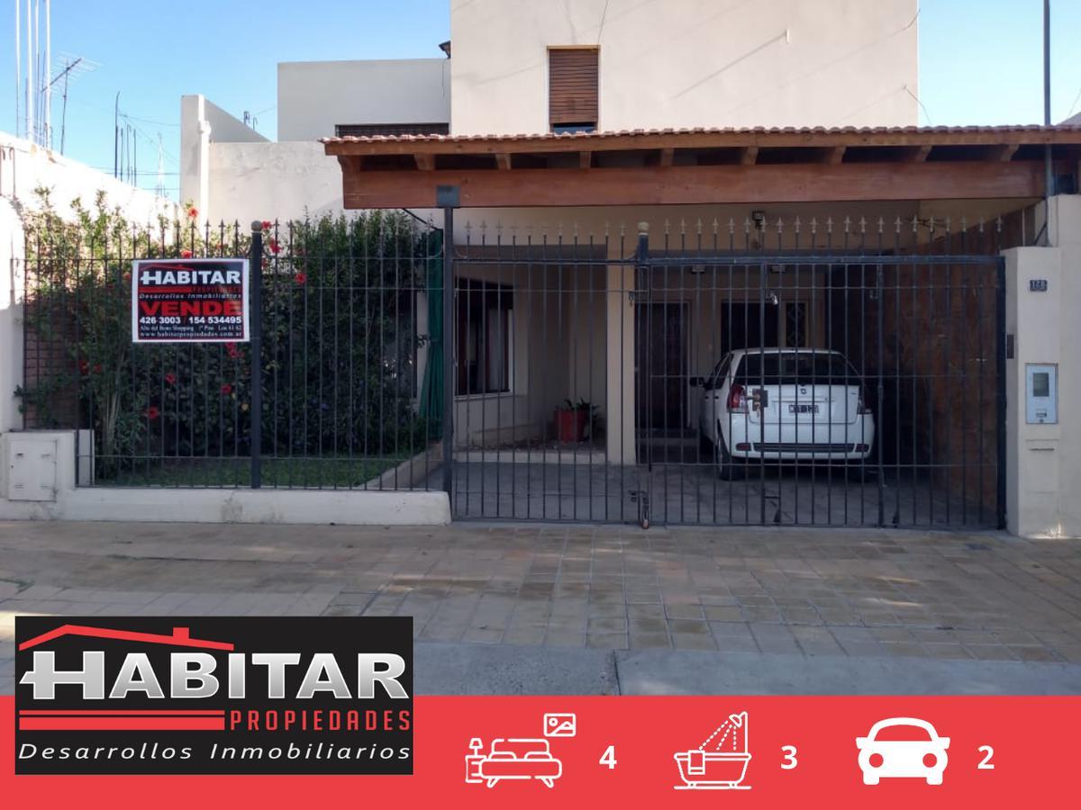 Foto Casa en Venta en  Capital ,  San Juan  Esquiú al 100