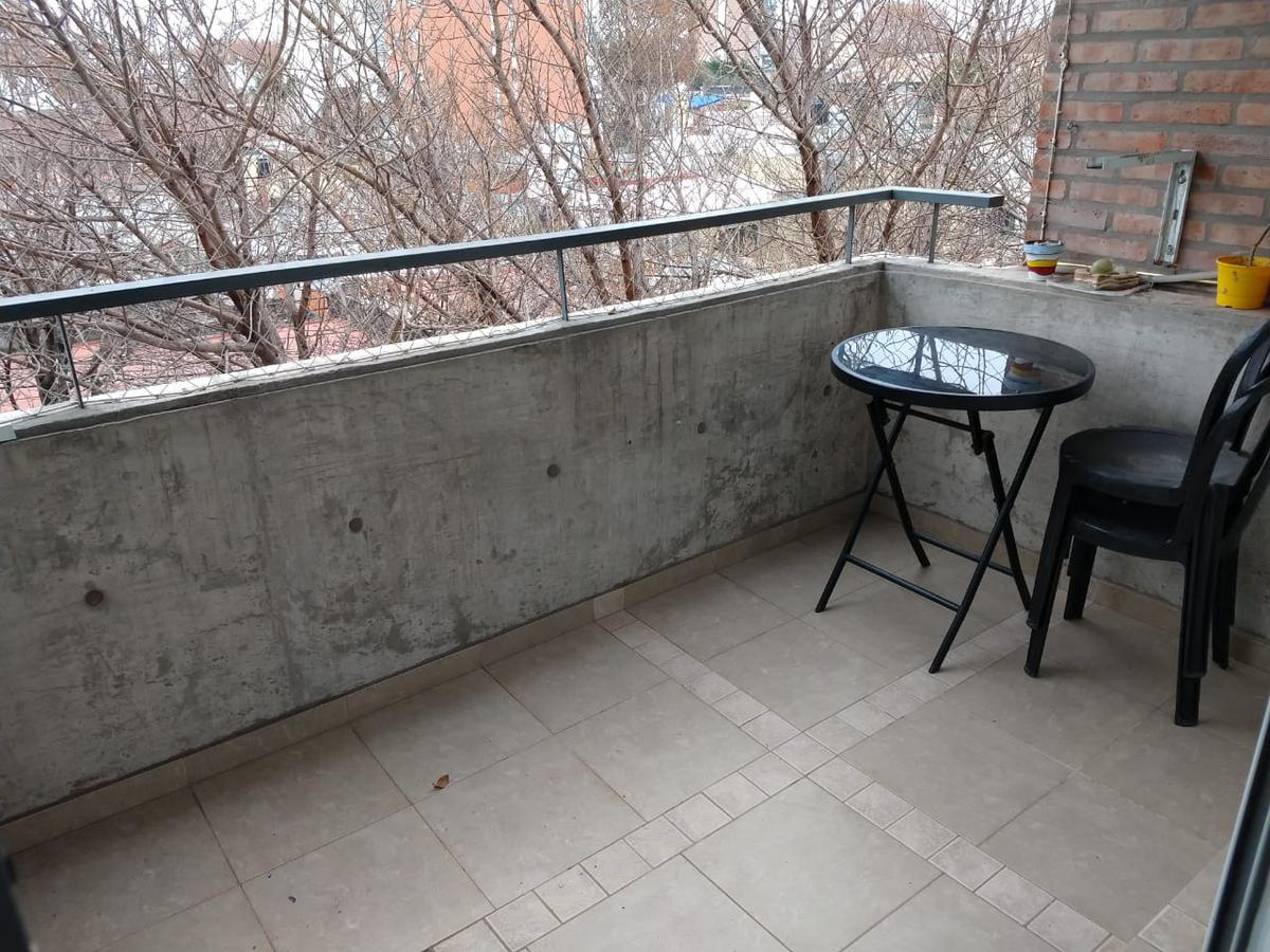 Foto Departamento en Venta en  Macrocentro,  Rosario  Alsina al 1300