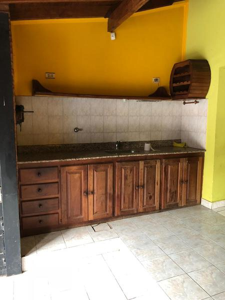 Foto Casa en Venta en  La Perlita,  Moreno  Martin Fierro al 5300 entre Chile y Mexico