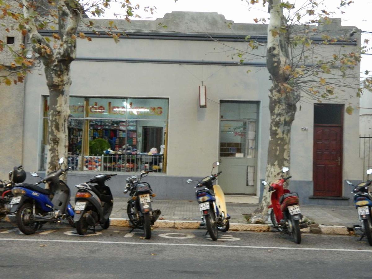 Foto Local en Venta en  Colonia del Sacramento ,  Colonia  Colonia del Sacramento