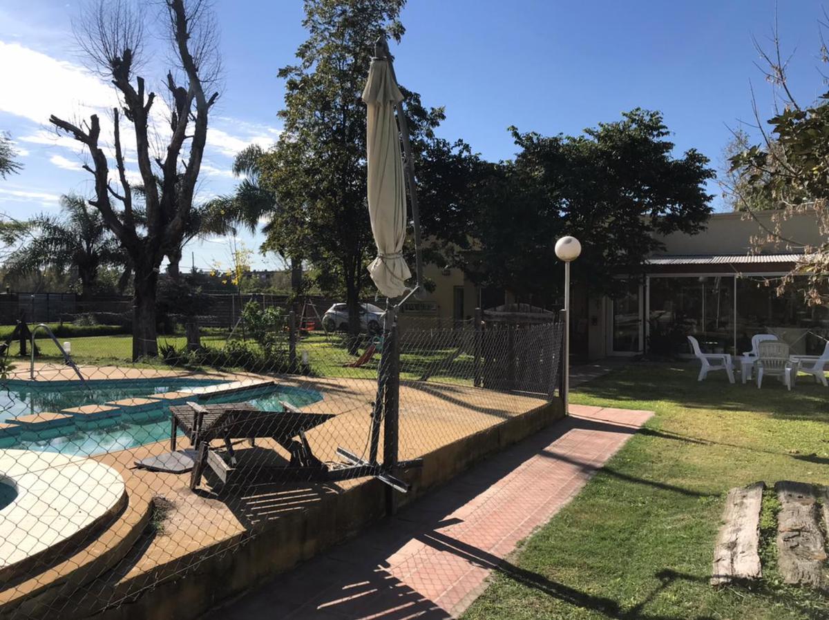 Terreno en venta con pileta Hostal del sol  Fisherton