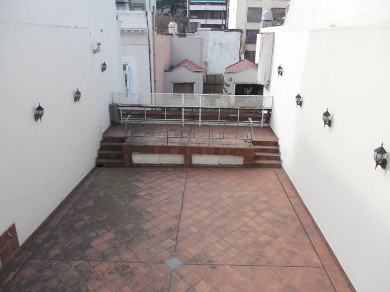 Foto Local en Venta en  Caballito ,  Capital Federal  El Maestro 39