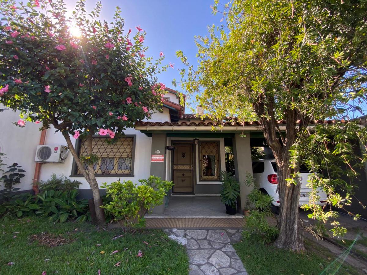 Foto Casa en Venta en  San Miguel,  San Miguel  Av. Balbín al 2200