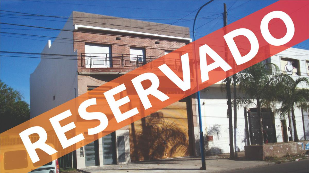 Foto PH en Alquiler en  Lanús Oeste,  Lanús  Diputado Pedrera 1600