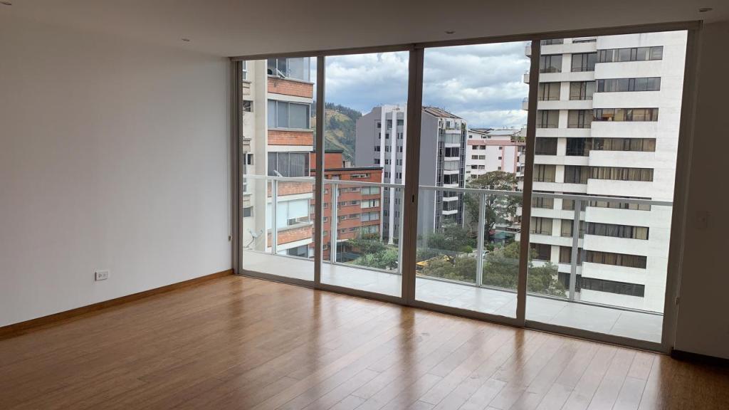 Foto Departamento en Alquiler en  Centro Norte,  Quito      González Suárez, venta o renta, hermoso, 2 alcobas, 125 m2, terraza 10 m2