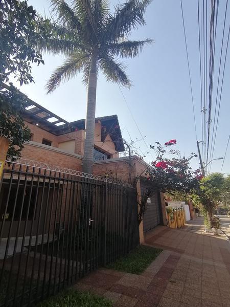 Foto Casa en Alquiler en  Las Carmelitas,  Santisima Trinidad  Carmelitas