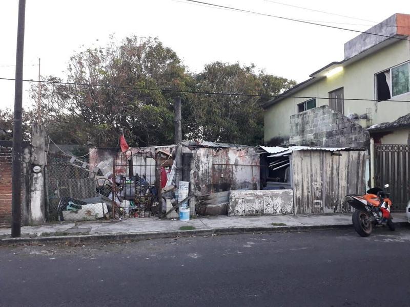 Foto Terreno en Venta en  Ejido Primero de Mayo Sur,  Boca del Río  TERRENO EN VENTA PRIMERO DE MAYO SUR A 2 CUADRAS DE EJERCITO MEXICANO
