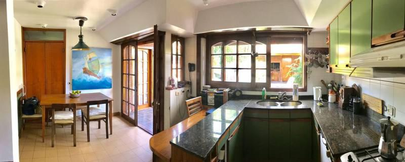 Foto Casa en Alquiler en  Martinez,  San Isidro  Carlos Casares al 2600