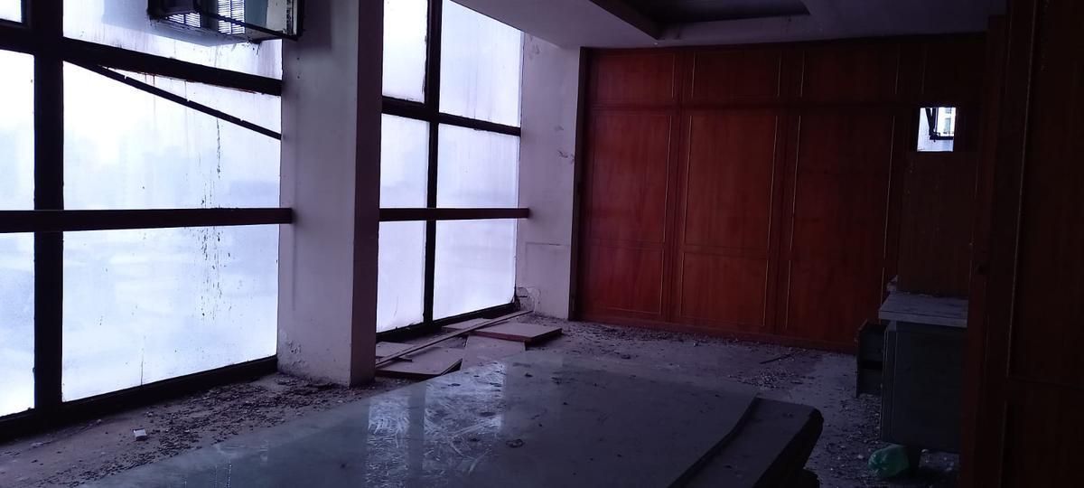 Foto Oficina en Alquiler | Venta en  Lomas De Zamora ,  G.B.A. Zona Sur  Italia  100
