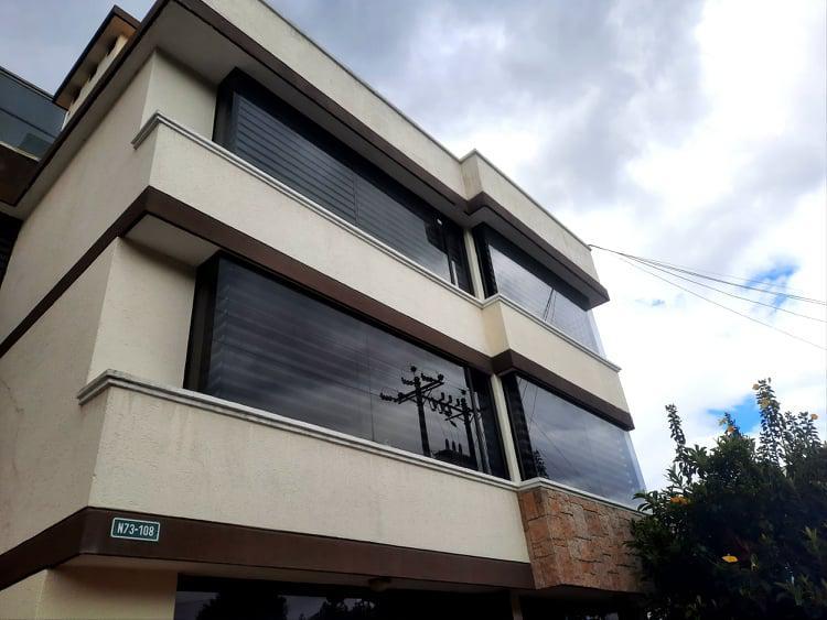 Foto Departamento en Alquiler en  Norte de Quito,  Quito  Urbanizaci[on el Condado